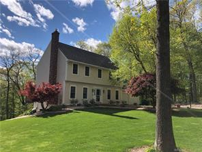 54 Emily Lane, East Hampton. Sold August 2019. Clients saved $6,300!
